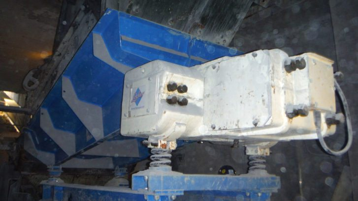 This replacement primary feeder was produced for Hope Construction, Dowlow Quarry