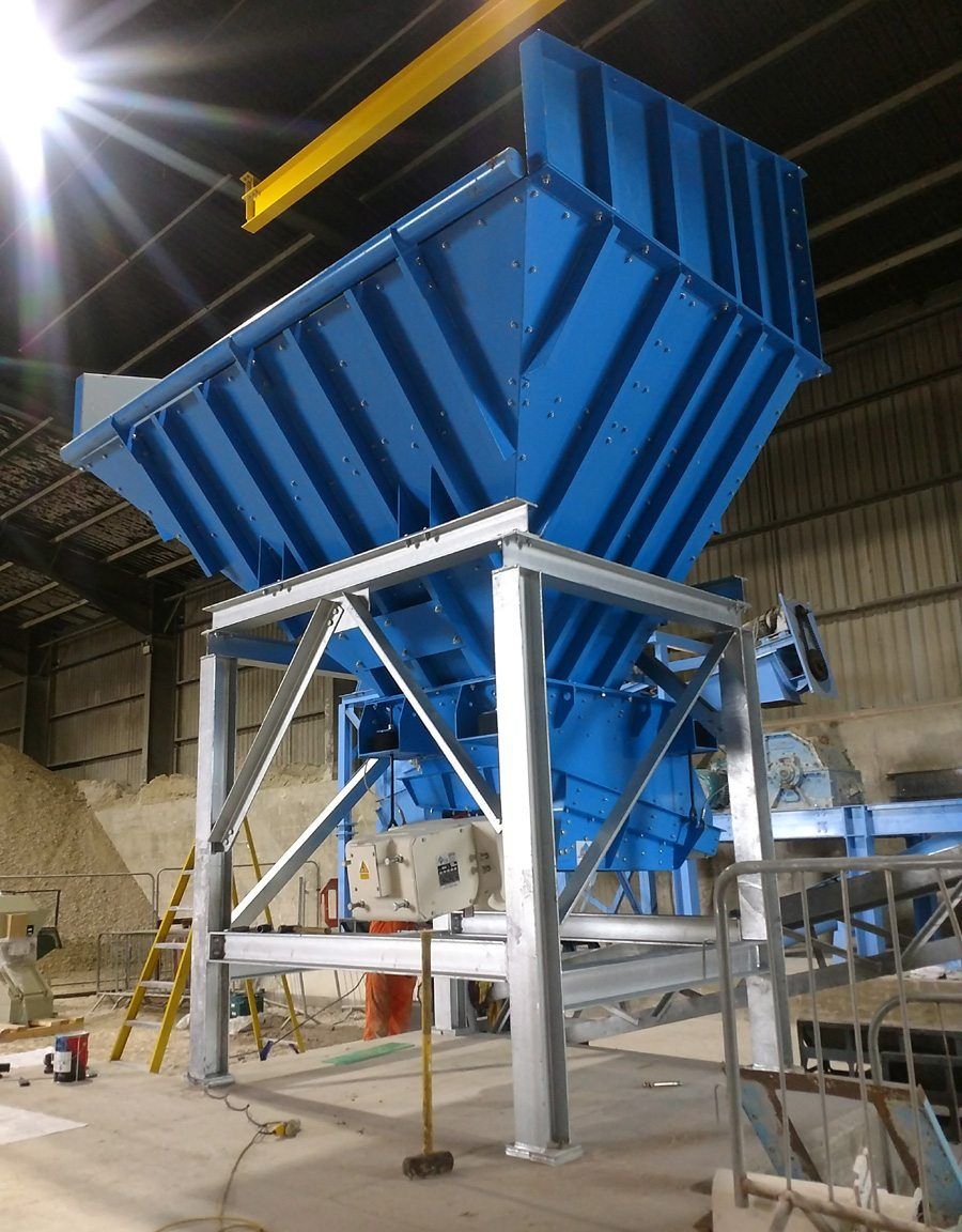 Both the feeder and the interface are fully lined with 6mm abrasion resistant plates