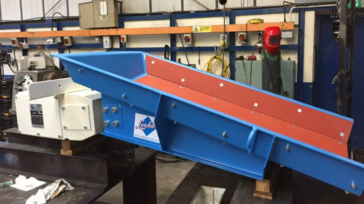 This SFH38 feeder unit was completed in high grade carbon steel, with abrasion resistant liners and finished in our standard high quality paint finish